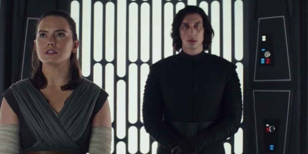 Rey and Kylo ren next to each other